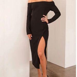 Lulus Sexy Slit Off the shoulder Black dress XS
